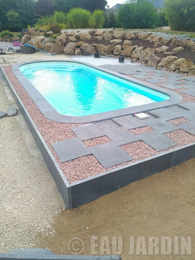 espace autour piscine